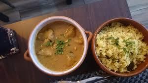 agneau korma cuisine indienne agneau korma et riz bagara au tamarin photo de cumin cannelle