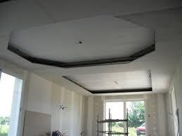 decoration faux plafond salon photos de faux plafond avec lumière indirecte groupes