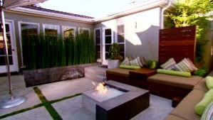 Make A Firepit How To Make A Backyard Pit Hgtv