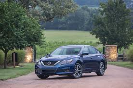 old nissan altima black 2016 nissan altima first look review motor trend