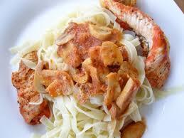 vers blancs cuisine blancs de poulet sauce tomate et chignons lsgirl67 ou la