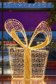 Commercial Christmas Decorations For Shops by Shopping Mall Indoor Holiday Decor Shoppin Centers Lighting