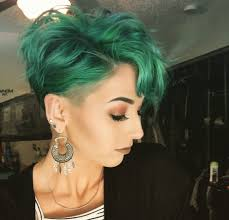 coloring pixie haircut cut and color cabello pinterest hair cuts hair coloring and