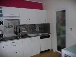 mur cuisine framboise cuisine gris framboise outil intéressant votre maison