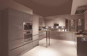 modern gloss kitchen modern kitchens