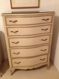 Vintage Drexel Bedroom Furniture by I Have A Drexel French Provincial Bedroom Set That Is Over 50