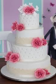 torte hochzeitstag die besten 25 moderne hochzeitstorten ideen auf torte