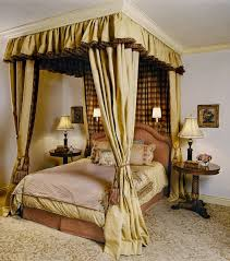 Poster Bed Canopy Luxurious Traditional Bedroom Pattern Carpet Features White Walls