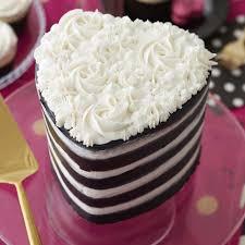 radiant wedding cakes austin baking cakes basic cakedecorating