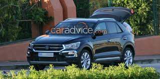 seat arona leaked in online images photos 1 of 4