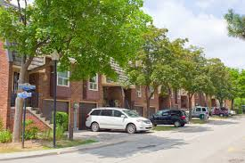 One Bedroom Apartment Toronto For Rent Apartments For Rent Toronto Willowood Townhomes