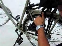 siege velo b comment installer un siège bobike maxi ou bobike junior sur un vélo