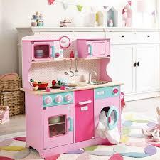 cuisine en bois fille bien tapis chambre fille 7 cuisine enfant bois 50