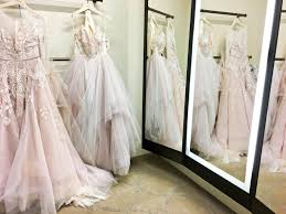 wedding dress shopping 5 awesome and unique la wedding dress shops
