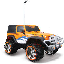 jurassic world jeep toy maisto 1 16 off road rc jeep wrangler rubicon 1 16 off road rc