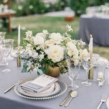 white flower centerpieces white wedding centerpieces