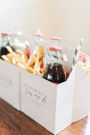 unique wedding favor ideas 5 wedding favors your guests will actually want midnight snacks