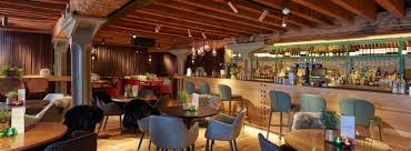 the sipping room bar u0026 restaurant west india quay canary wharf
