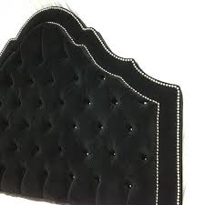 Custom Made Fabric Headboards by Best 25 Black Tufted Headboard Ideas On Pinterest Black Bedroom