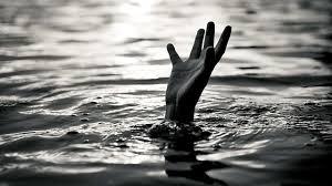 Challenge Drown Mumbai 3 Teenagers Drown Near Chowpatty In Dadar