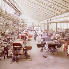 porsche stuttgart the assembly line of porsche 911 u0027s at the stuttgart factory ca