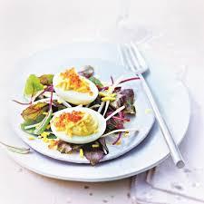 recette de cuisine avec des oeufs recette d œufs mimosa et œufs roses aux cœurs de palmier