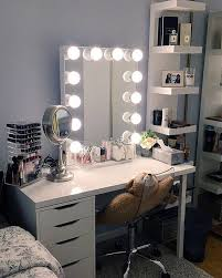 How To Make A Makeup Vanity Mirror Best 25 Vanity Table Organization Ideas On Pinterest Makeup