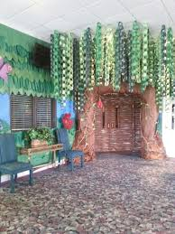 How To Make Birthday Decorations At Home 25 Best Jungle Decorations Ideas On Pinterest Jungle Party