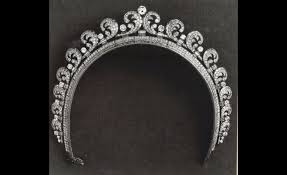 kate middleton wedding tiara images of kate s wedding tiara the cartier halo the