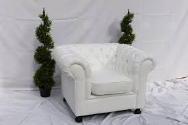 Chesterfield Sofa Hire White 2 Seat Chesterfield Inspired Sofa From Funky Furniture