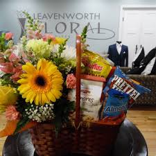 Flowers And Gift Baskets Delivery - leavenworth florist flower delivery by leavenworth floral and gifts