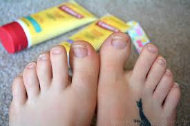 i fail at being a pedicure with carmex healing cream edition