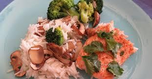 cuisiner du saumon au four saumon au four et ses petits légumes ma p tite cuisine