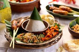 recettes de cuisine indon駸ienne balinaise nasi tumpeng try it and you will like it brochettes