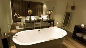 schlafzimmer mit bad badezimmer im schlafzimmer mit diesen tipps bekommen sie ein