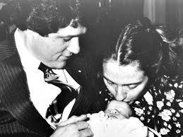 hillary clinton s childhood scandalous clinton childcare history surfaces how hillary bill