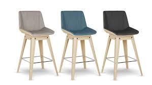chaise tissu couleur finest chaise visiteur empilable en