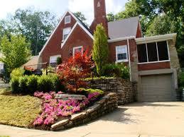 How To Landscape A Sloped Backyard - landscape landscaping ideas for downward sloping backyard the