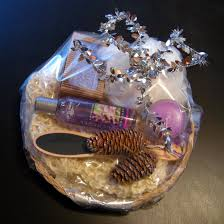how to make christmas gift hampers the wonder of christmas