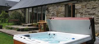 Luxury Cottage Rental by Cottages U0026 Lodges With Tubs In Scotland Homeaway