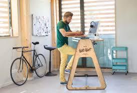bureau pour travailler debout flipboard avec ce bureau travailler debout sera beaucoup mieux
