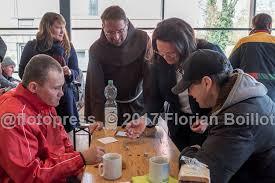 suppenk che berlin florian boillot on essensausgabe bei der suppenküche