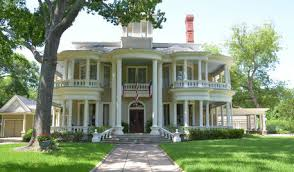 traditional home 0 traditional house traditional homes on houzz tips from the