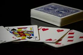 Counting Cards Blackjack How To Bet Blackjack Learning To Count Cards In 4 Steps Oddsninja