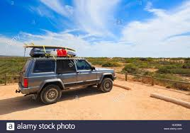 beach jeep surf jeep stock photos u0026 jeep stock images alamy