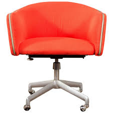 Orange Chair by Orange Swivel Office Chair Types Of Popular Swivel Office Chair