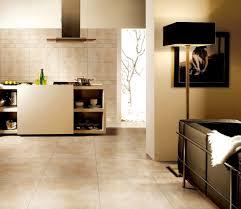 Wohnzimmer Fliesen Moderne Fliesen Wohnbereich Angenehm On Deko Ideen Auch Beige