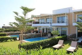 chambre avec piscine priv chambres en front de mer avec piscine privée pour celles en rez de