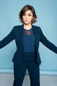 bloom how crazy ex girlfriend u0027s rachel bloom survived the worst