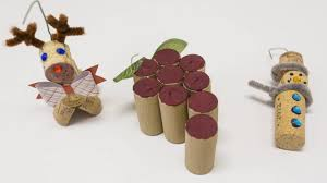 diy how to make easy ornaments from your leftover wine corks